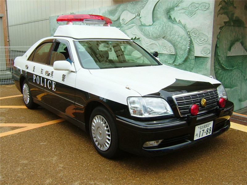 autowp.ru_toyota_crown_royal_police_1.jpg