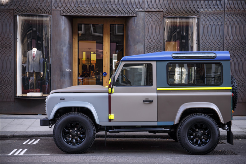 land_rover_defender_90_by_paul_smith_9.jpg
